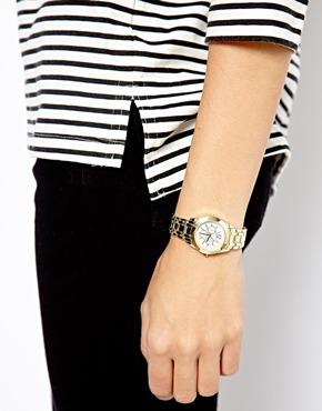 New Look | New Look – Armbanduhr mit kleinen Verbindungsgliedern bei ASOS