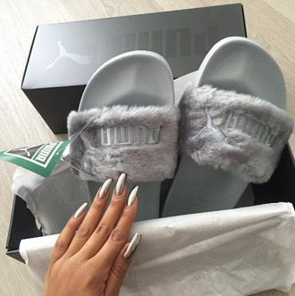 shoes girl girly girly wishlist grey tumblr instagram puma puma slides cute slide shoes fur puma slides rihanna pumas