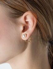 jewels,geometric pearl back stud earrings,stud earrings,cute earrings,geometric earrings,pixiemarket,earrings,accessories