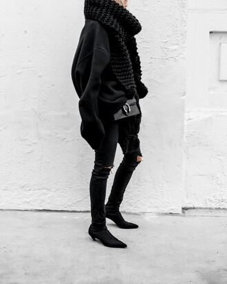 figtny blogger sweater scarf sunglasses shoes bag gucci bag oversized sweater winter outfits all black everything