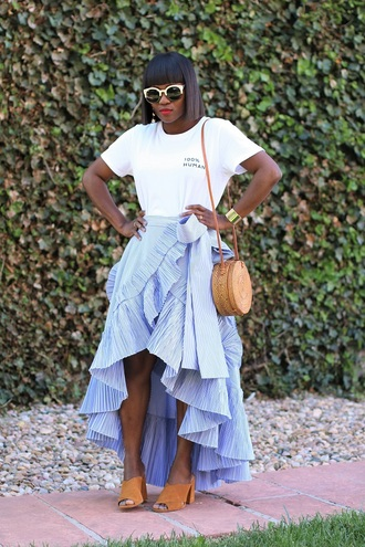 skirt wrap skirt ruffle hem skirt mules t-shirt embroidered t-shirt round bag summer bag basket bag blogger blogger style slogan t-shirts