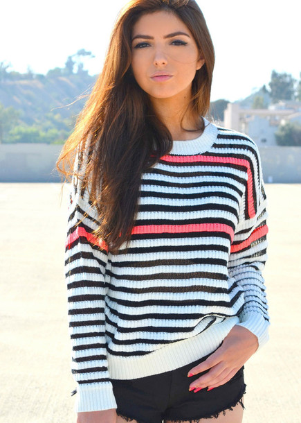 sweater pink pink sweater pink detail black and white black and white stripes black and white striped sweater striped sweater black and white sweater