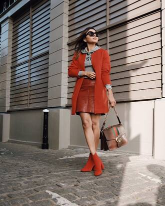 shoes red coat tumblr boots ankle boots red boots skirt mini skirt red skirt coat hoodie