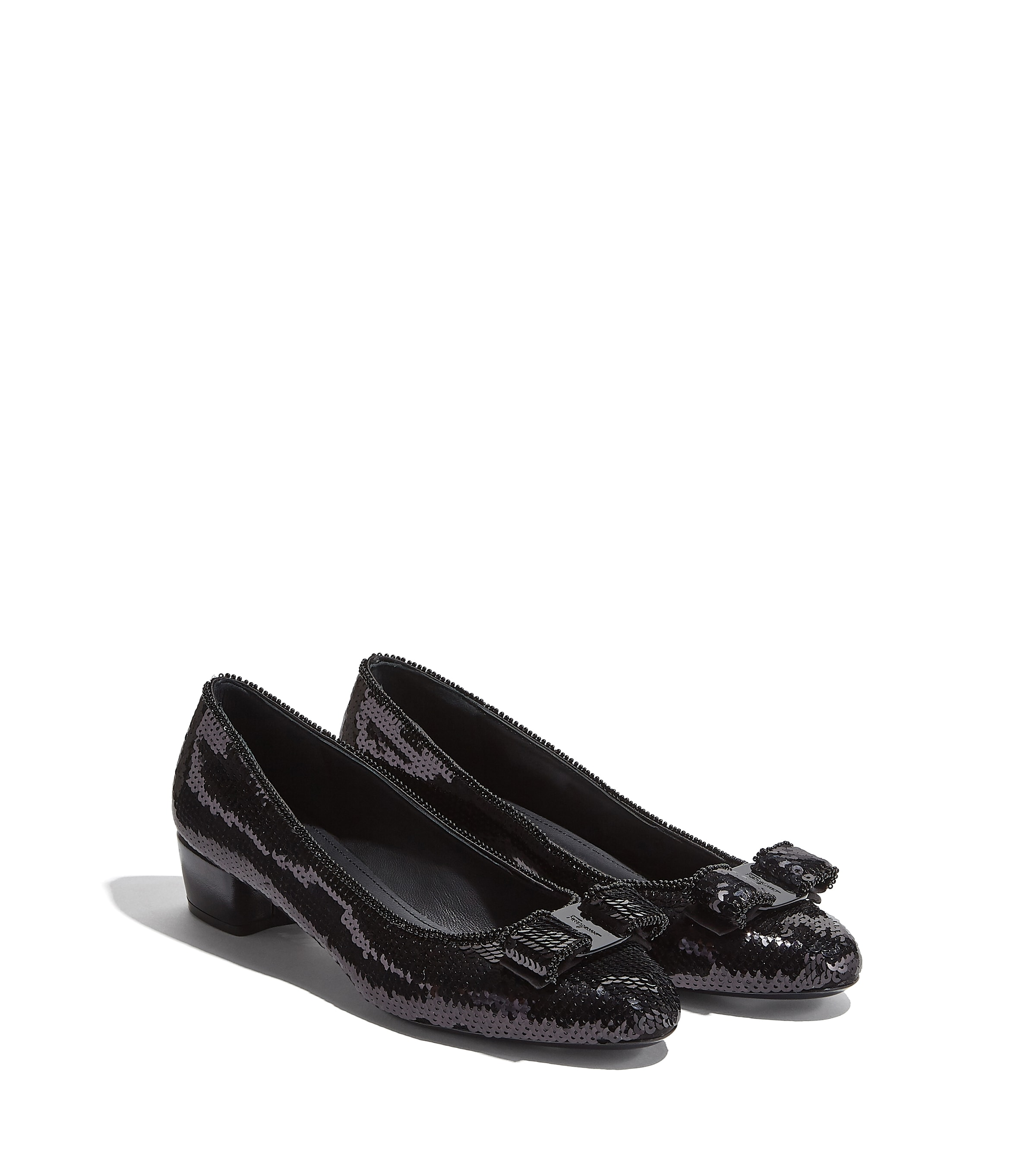 Vara bow pump - Shoes - Women - Salvatore Ferragamo EU