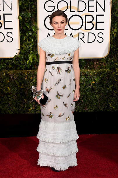 dress keira knightley chanel Golden Globes 2015 feathers