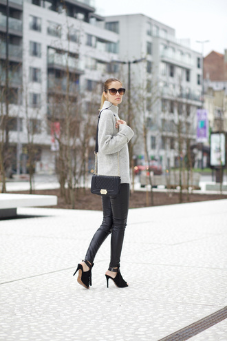 leggings shoes bag from brussels with love blogger sweater