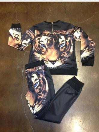 shirt tiger print sweatpants black jogger outfit