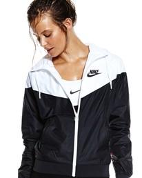 3e3ab4d7280d Nike Windrunner - Black   White
