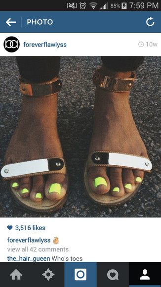 shoes cute shoes straps strappy sandals sandals gold sandals cute sandals metalic gold metallic plate