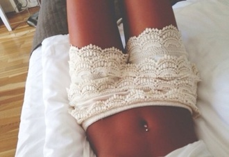 shorts floral lace up lace shorts white lace shorts jewels style fashion beautiful white shorts cropped