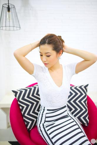 kryzuy blogger skirt office outfits pencil skirt black and white skirt white t-shirt bodycon skirt v neck