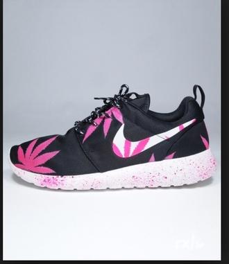 shoes marijane nike roshe run pink white black basket fashion