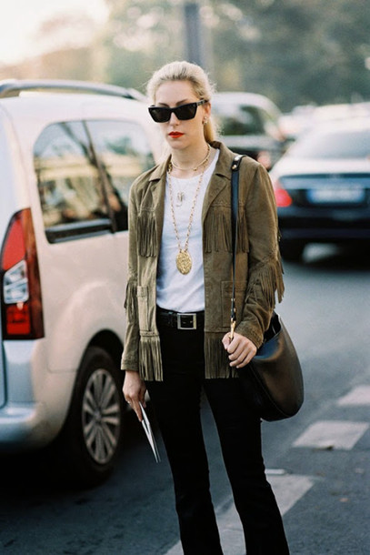 vanessa jackman blogger fringed jacket pendant boho jacket sunglasses black sunglasses t-shirt white t-shirt black pants black bag necklace gold necklace fringes