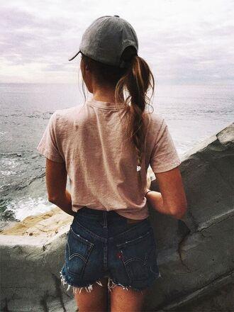 shirt denim salmon beach summer summer outfits tan grey blue t-shirt baseball hat baseball cap denim shorts