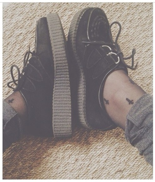 shoes black shoes platform creepers black creepers platform shoes