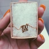 jewels,100,100 emoji,emoji necklace,emoji print,petite,chain,gold chain,charm,100 charm,gold,necklace,gold necklace