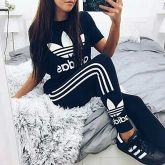 dress adidas girly make-up style fashion toast shorts shoes shirt