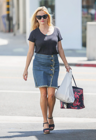 thebudgetbabe blogger shoes bag sunglasses jewels navy blue top reese witherspoon denim skirt button up mini skirt black bag wedges