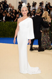 dress,long dress,maxi dress,one shoulder,kate hudson,white,white dress,met gala,met gala 2017,shoes