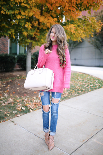 southern curls and pearls blogger sweater jeans bag shoes jewels make-up pink sweater handbag ripped jeans high heels fall outfits