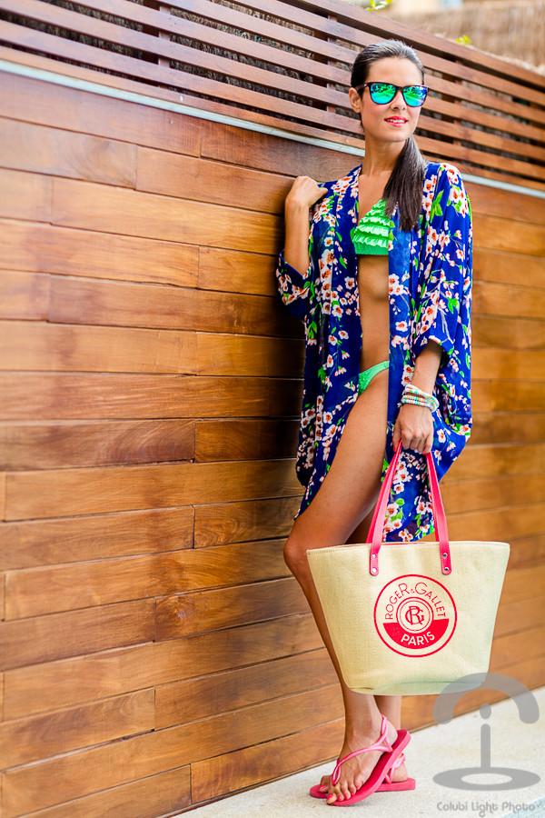 crimenes de la moda swimwear sunglasses jewels bag