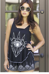 top,tank top,diamond eye tank,black tank top,graphic tee,graphic tank top,diamonds,diamond eye,loose,loose shirt