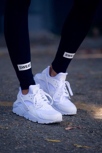 leggings black leggings active leggings shoes nike huarache white shoes pants sweat leggings black nike shoes