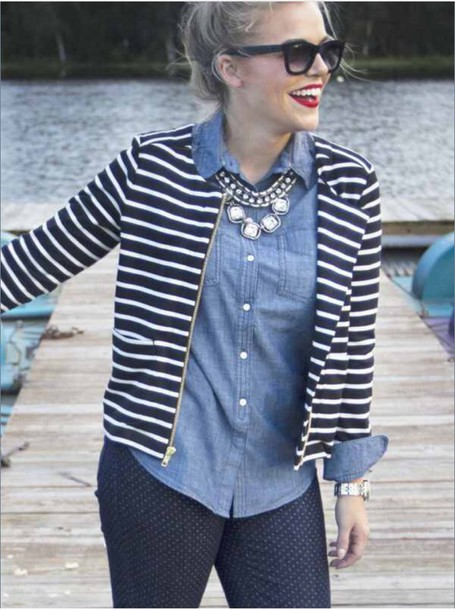 jacket black and white stripe jacket stripes jeans shirt red lipstick sunglasses jewelry necklace silver necklace jeans shirt beanie boots striped jacket