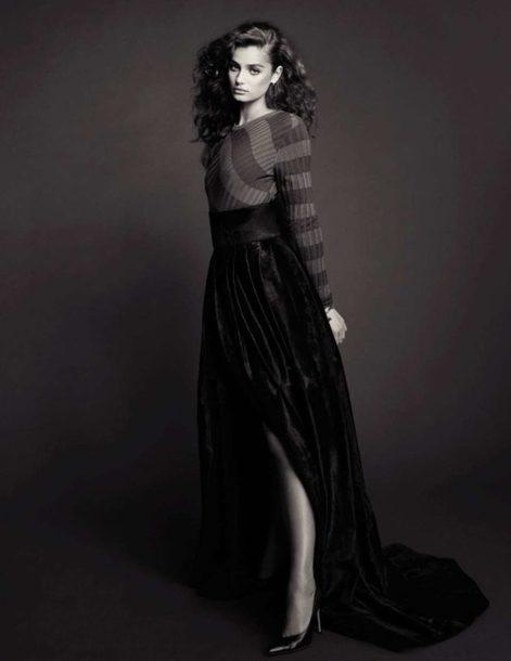 skirt maxi skirt top Taylor hill model editorial vogue sweater