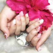 nail polish,holiday nail art,christmas,holiday season,holidays nail art,nails,nail art