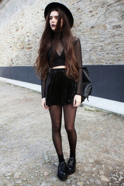 t-shirt goth black top velvet skirt
