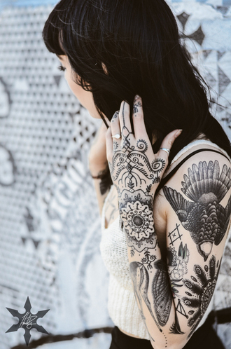 tattoo hannah pixie snowdon shirt