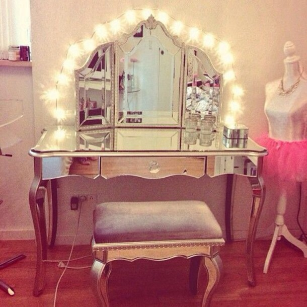 make up vanityv instagram tumblr fashion hot topic india westbrooks home decor