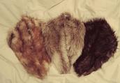 jewels,fur,collar,fur collar,coat,jacket,scarf
