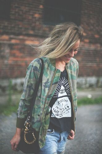 shirt graphic tee camo jacket streetwear streetstyle casual triangle pyramids grunge grunge t-shirt