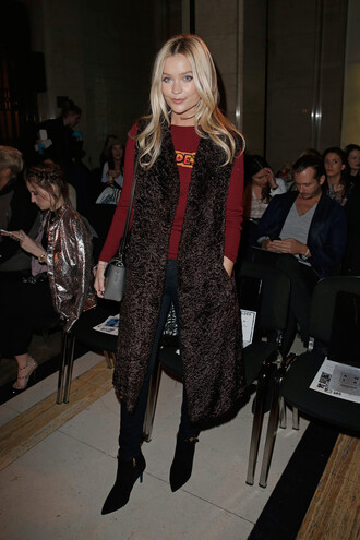 coat vest boots fashion week 2016 london fashion week 2016 laura whitmore sweater