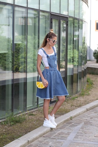 from brussels with love blogger dress top bag shoes