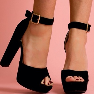 shoes black peep toes black high heels black sandles heeled sandles
