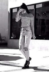 shoes,kendall jenner,jeans,ripped jeans,celebrity style,model off-duty,top,stripes,ript,tank top,shirt,black and white,striped top,boyfriend jeans,blue jeans,candid,model,black shoes,sunglasses,streetstyle,keeping up with the kardashians,casual,t-shirt,acid wash,cut out ankle boots,boots,pants,ripped,striped shirt,denim,cute,girly,blue,ootd,beautiful bags,clothes,glitter heels,crop tops,black crop top,white crop tops,black boots,ponytail