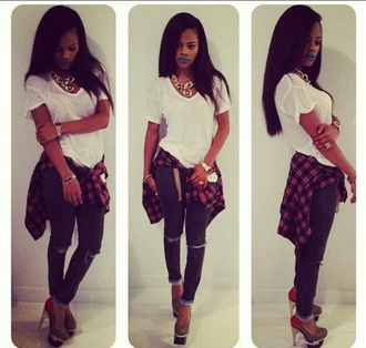 jeans blue lips dope just so sexy ripped light jeans teyana taylor plain white tee large red plaid shirt white country shoes gorgeous best bitch baddies