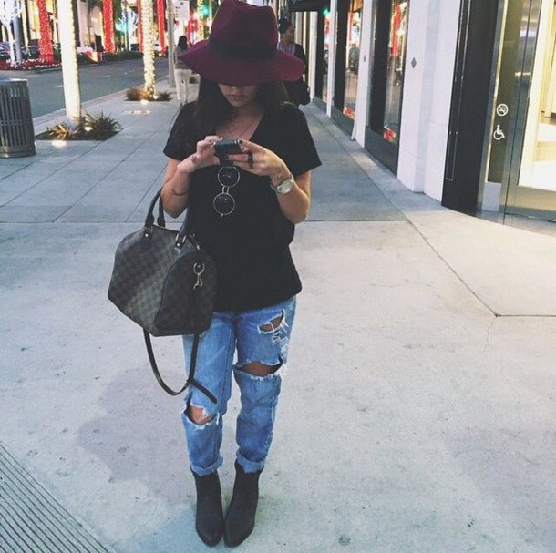 Cute Outfits With t Shirts And Jeans Jeans Fall Outfits Cute Ripped
