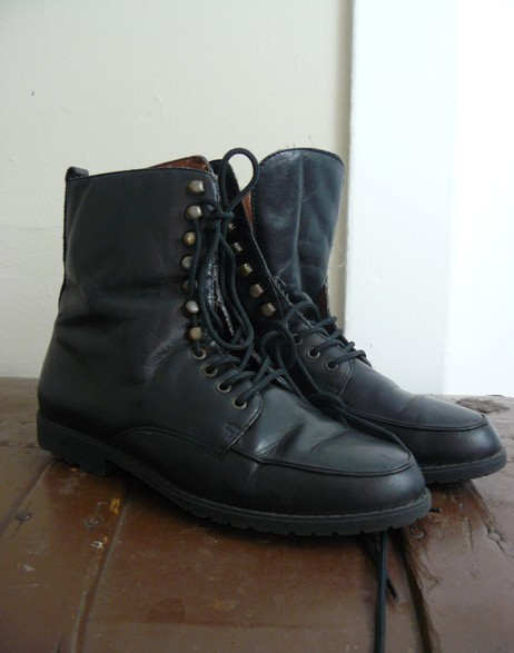 black lace up combat boots size 7 by annalynne on Etsy