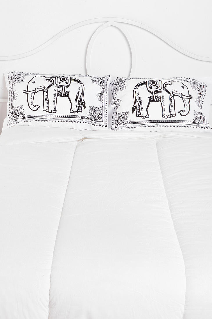 Eastern Elephant Pillowcase - Set Of 2 - Urban Outfitters