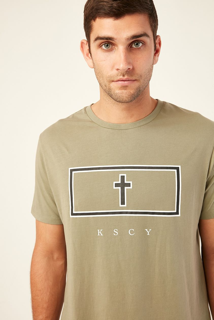 Kiss Chacey Jungle Dual Scoop Curved Tee Pigment Khaki
