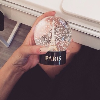 hair accessories snowglibe paris orothercity snow globe