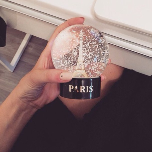 hair accessory snowglibe paris orothercity snow globe