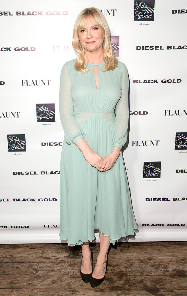 dress burberry kirsten dunst