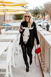 the courtney kerr,blogger,sweater,jeans,shoes,bag