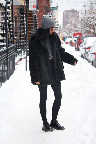 babes in velvet blogger leggings faux fur jacket black coat beanie cropped sweater winter outfits top shoes sweater