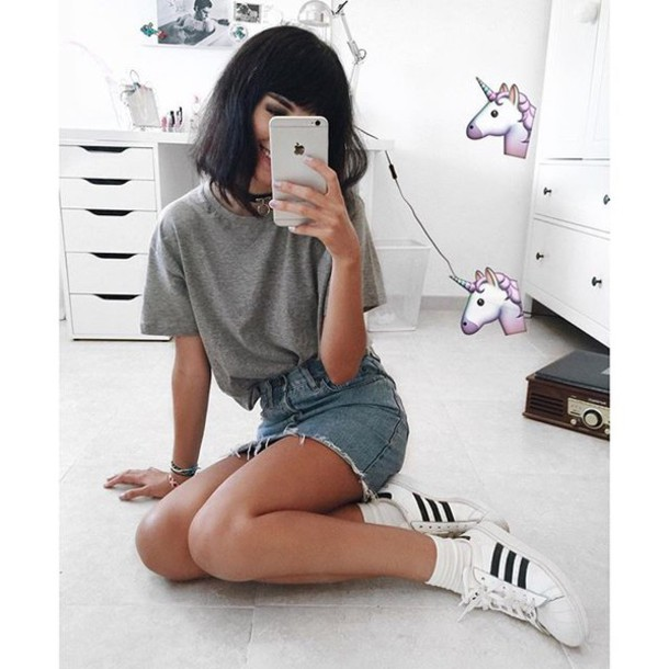 Skirt: tumblr, grey t-shirt, denim skirt, mini skirt, sneakers ...